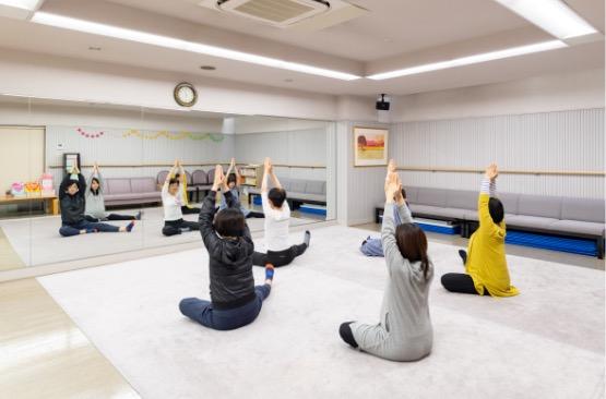 img_maternity-yoga
